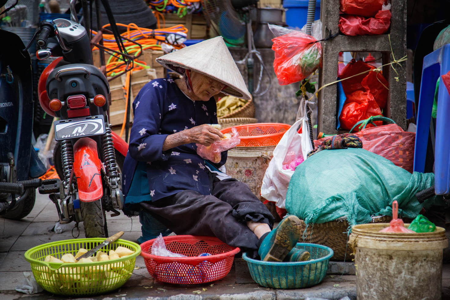 Hanoi-moments of yugen-old vietnamese woman