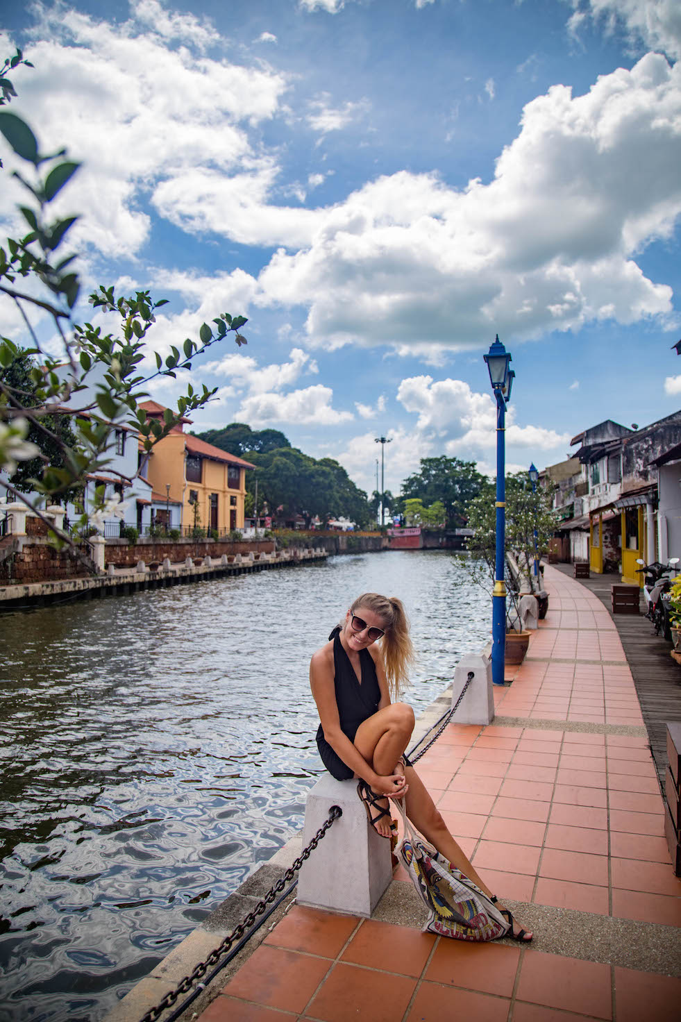 Malacca and its people-riverfront-2-momenst of yugen